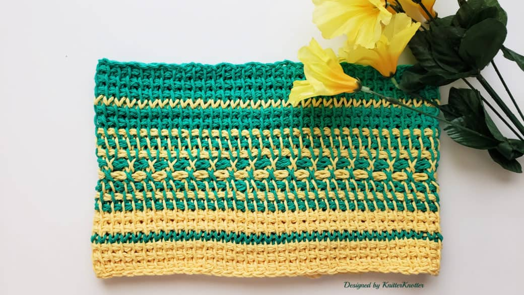 Doppelgänger cowl – First look! (Free pattern)