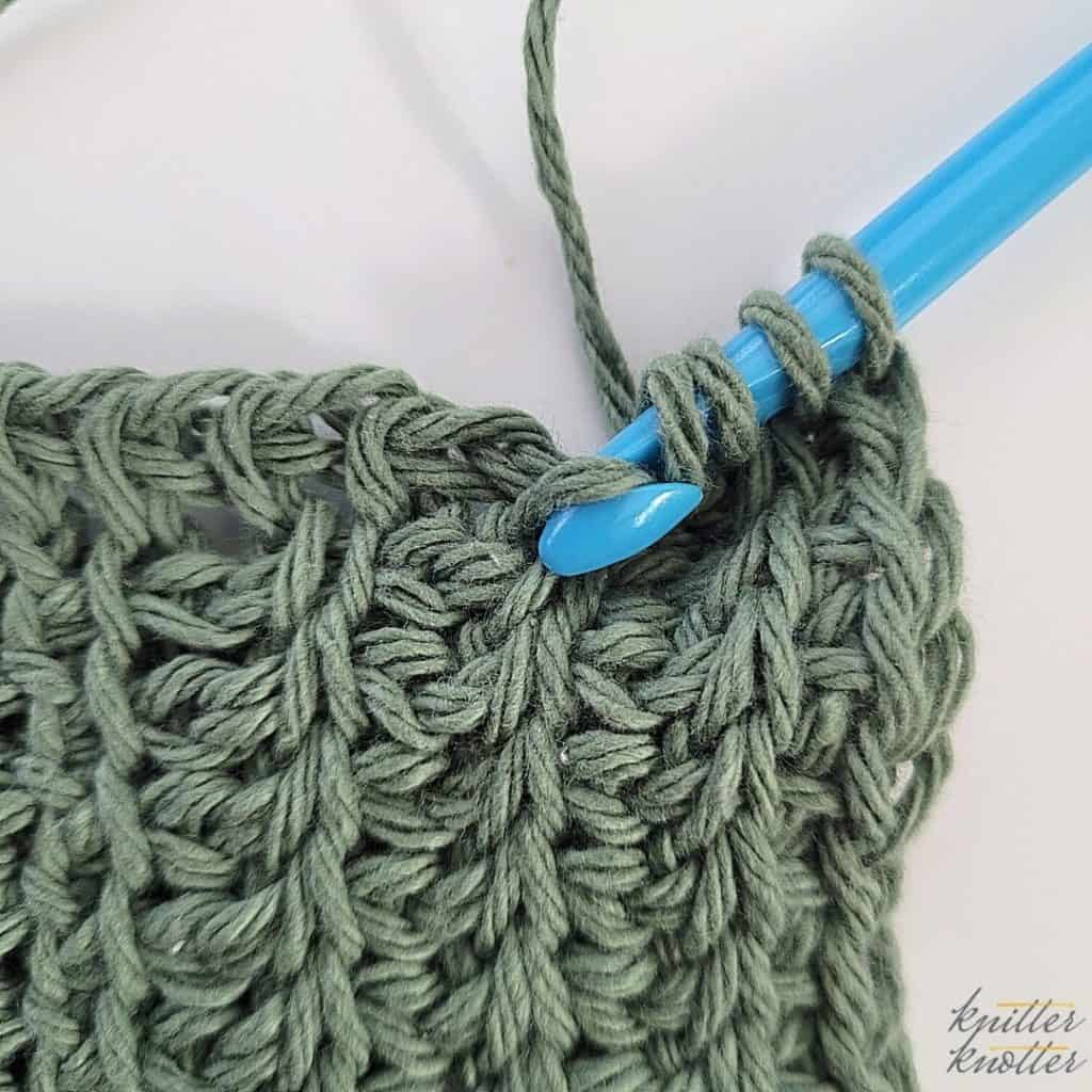 Twisted Simple / Afghan stitch - 2 ways - twisted down photo tutorial - step 2  Simple crochet stitch to build a tunisian crochet stitch pattern.