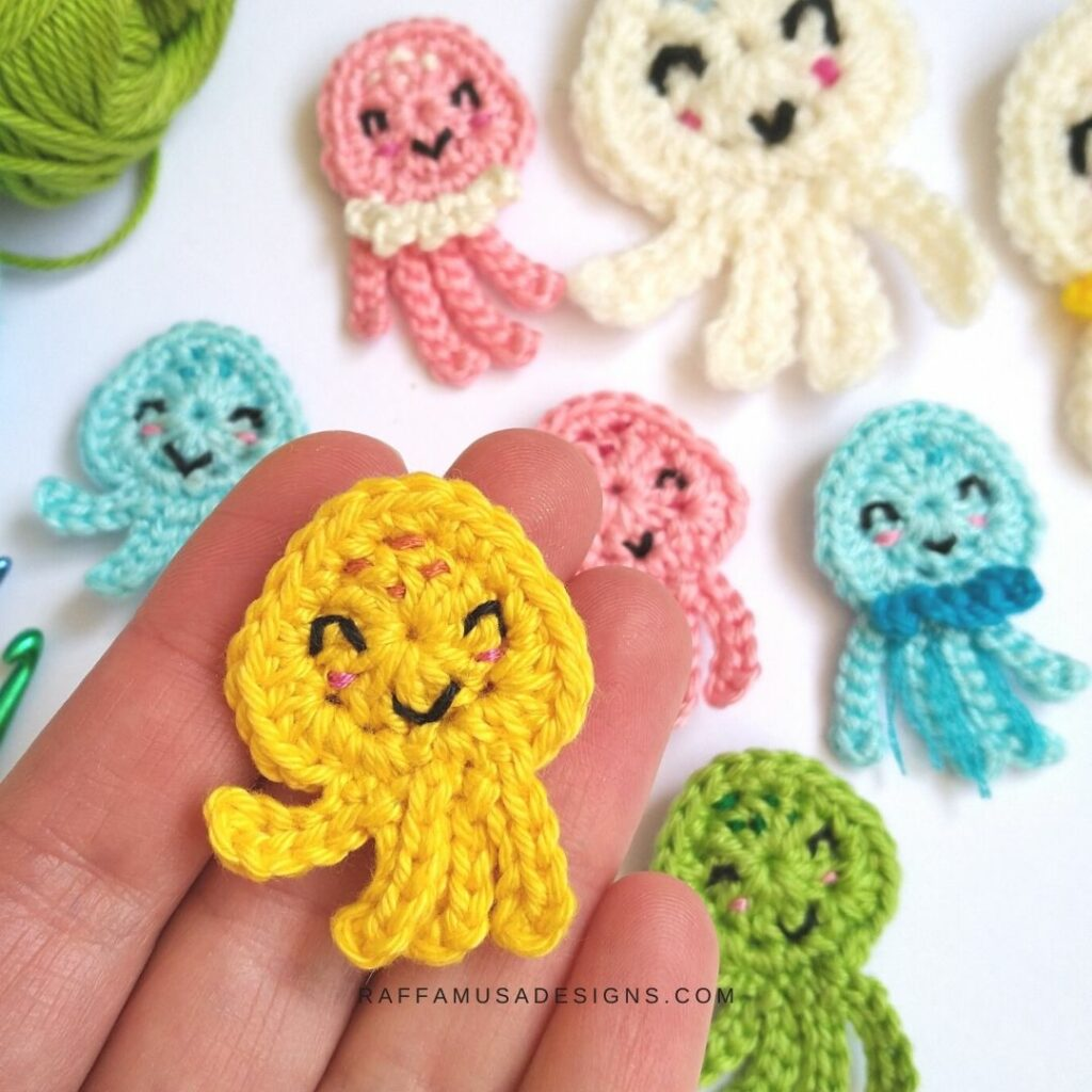 These Jellisfish and Octopus Appliques are perfect weekend projects!