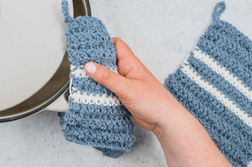 This is a Classic Striped Pot Holder pattern that can be made with yarn scraps.